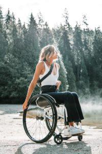 Mit Selbstheilung aus dem Rollstuhl