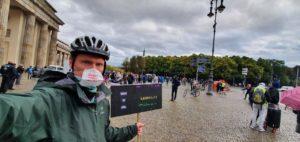 Meinrad Direkt aus Berlin Querdenken demo Polizei - Gebete