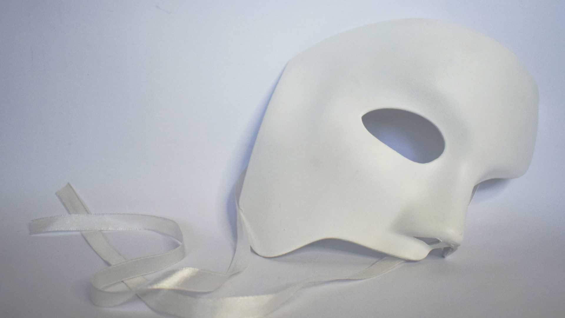 Verwaltungsgericht hebt Maskenpflicht für Querdenken Karlsruhe auf